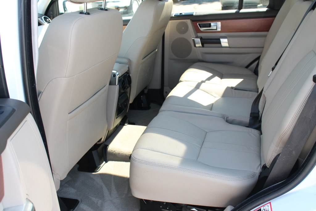Range Rover LR4 Rear Interior